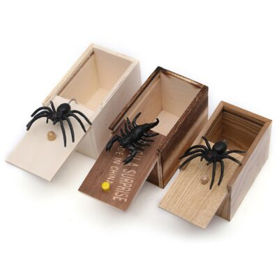 Funny Scare Box Wooden Prank Spider Hidden in Case Great Quality Prank-Wooden Scarebox Interesting Play Trick Joke Toys Gift