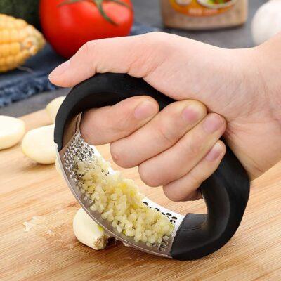 Round Garlic Crusher
