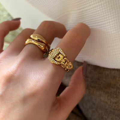 Fashionable Adjustable Buckle Ring