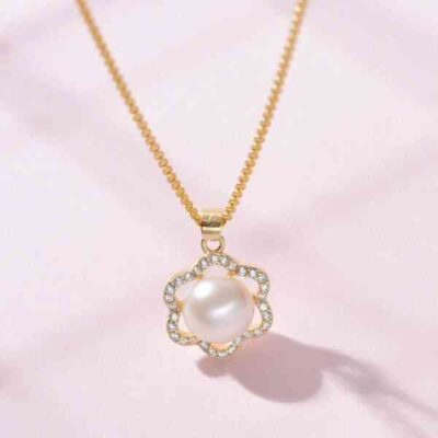 Pearl White Natural Freshwater 8-9mm Pearl Pendants Necklaces